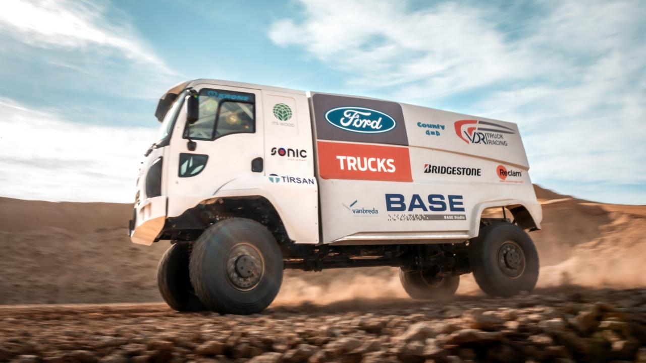 Ford Trucks concureaza la Raliul Dakar, cel mai dificil maraton de off-road din lume - 1