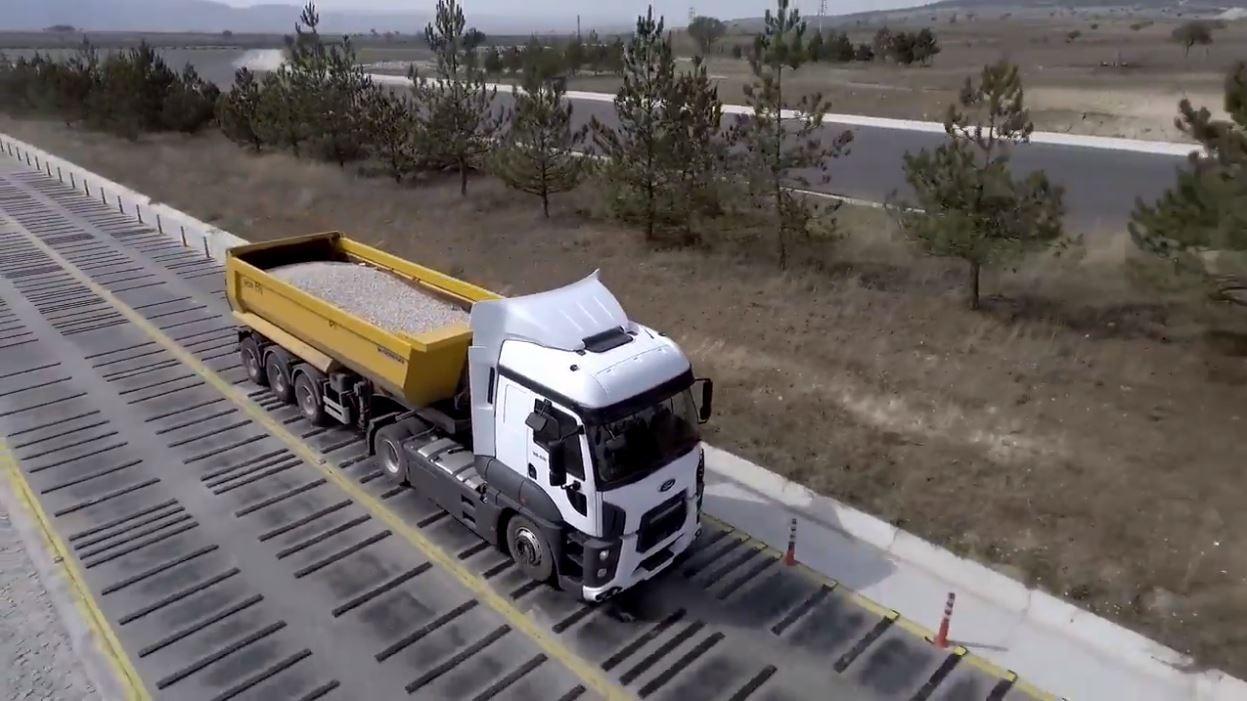 VIDEO - Cum sunt testate camioanele Ford Trucks